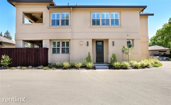 213 Palisades, Sacramento, CA