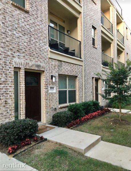 1311 Palm Springs Lane, Dallas, TX