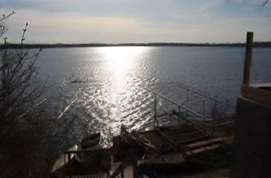 1315 E Lake Dr, Novi, MI