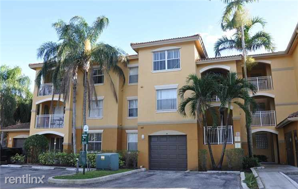 150 NW 96th Ave, Pembroke Pines, FL