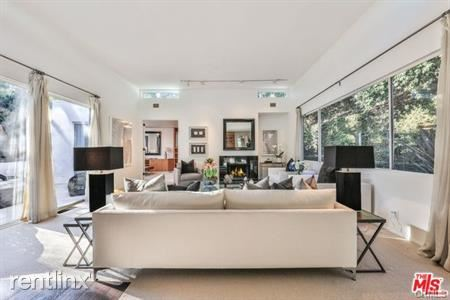 3037 Franklin Canyon Dr, Beverly Hills, CA