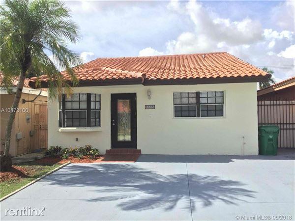 8806 NW 114th Ter, Hialeah Gardens, FL