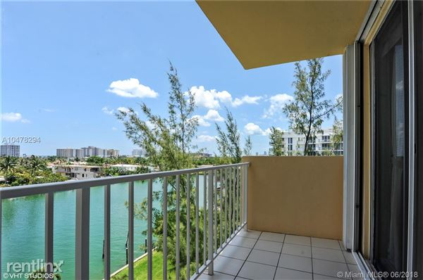 9340 E Bay Harbor Dr Apt 6D, Bay Harbor Islands, FL