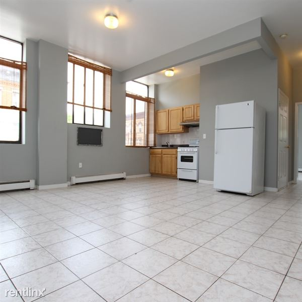 714 Seneca Ave Apt 201, Ridgewood, NY