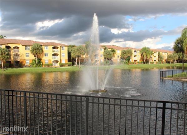 14th St, Pembroke Pines, FL