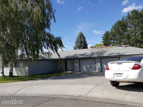 3612 West 16th Place 3612, Kennewick, WA