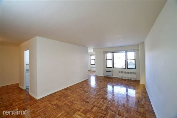 98-01 67th Ave #5U, Queens, NY