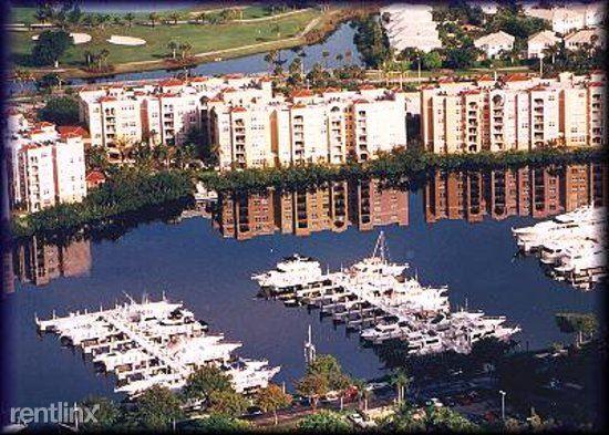 19801 E Country Club Dr, Aventura, FL