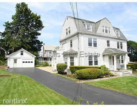 322 Common St, Watertown, MA
