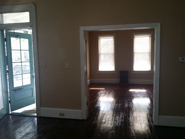 Pet Friendly for Rent in Merchantville