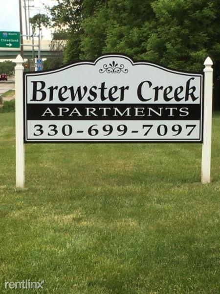 1828 Brewster Creek Drive, Akron, OH
