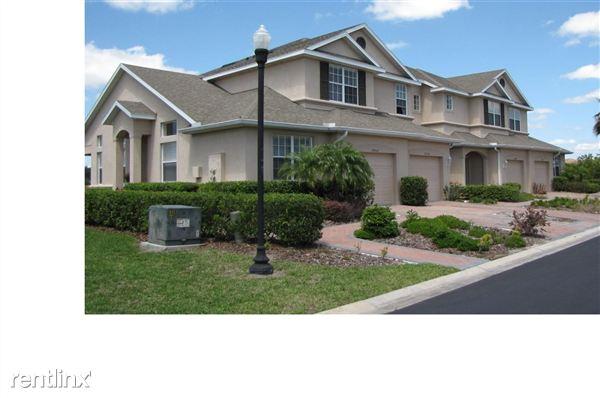 26952 Juniper Bay Dr, Wesley Chapel, FL