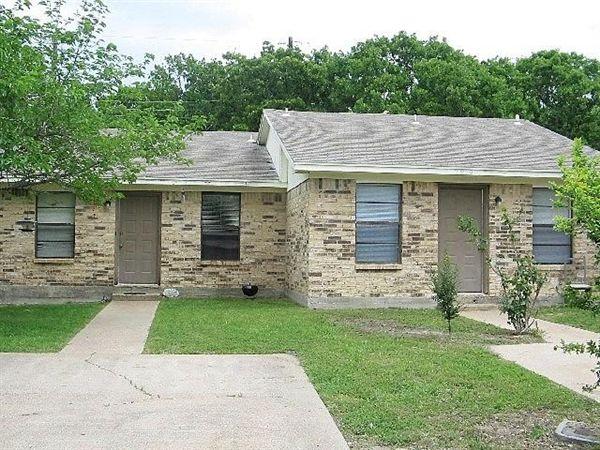 2817 Forest Bnd, Bryan, TX