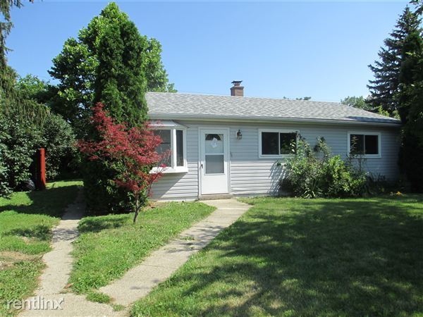 House for Rent in Warren