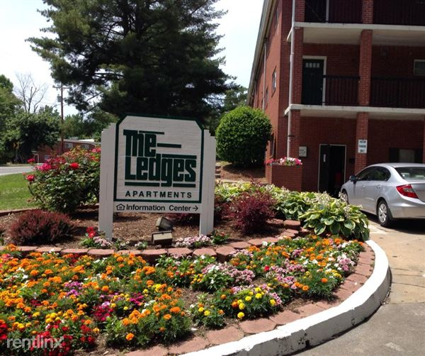 THE LEDGES APARTMENTS, Winston Salem. Apartment For Rent