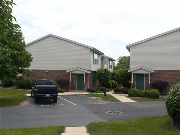 brookwood_place_townhomes_stonecastle_court