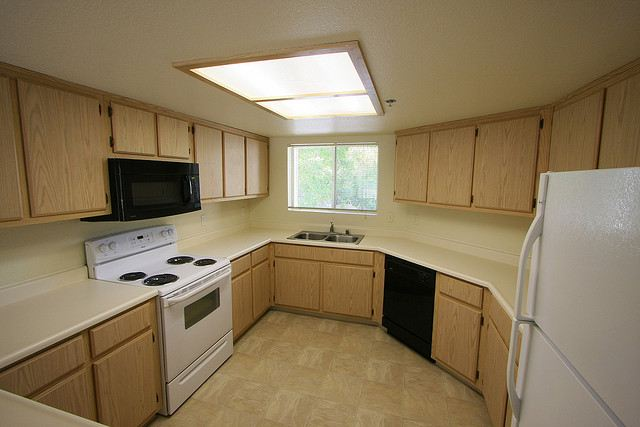 4x2 Kitchen