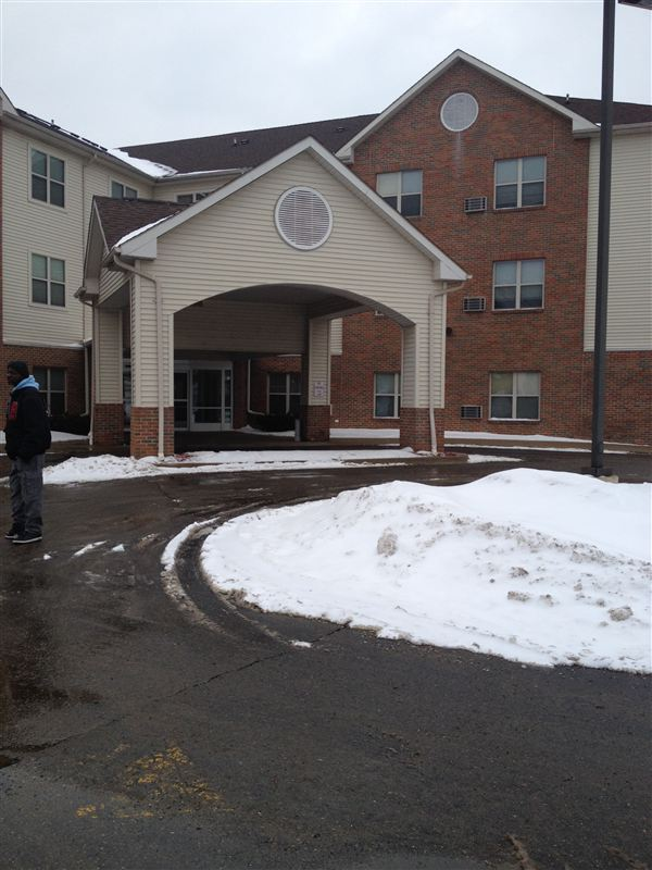 Clinton House Apartments (99 Kenilworth St), Detroit, MI ...