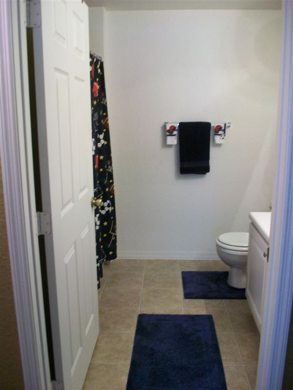 Unit - Bathroom Furnished 3
