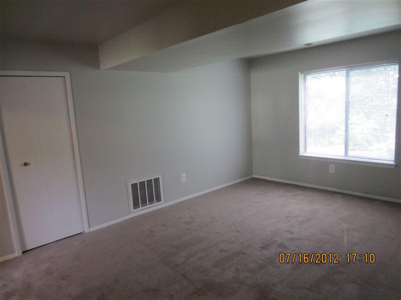 E1 Living Room