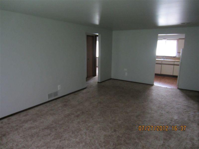 E-10 Living Room